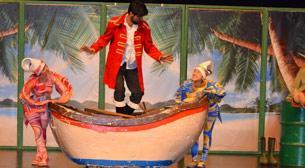 Robinson ile Cuma Şenlikli Ada - Masal Gerçek Tiyatrosu